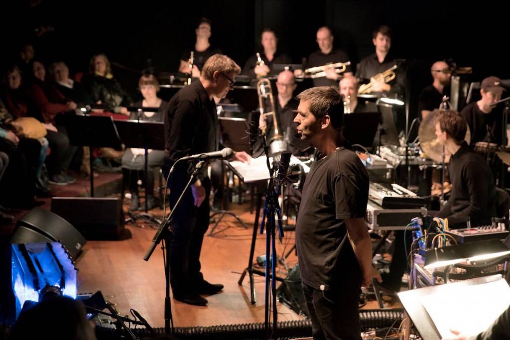 Blood Sweat Drum + Bass, Jens Christian Jensen og (forrest) Søren Hein Foto: Martin Dam Kristensen