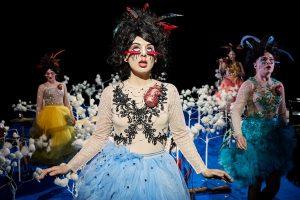 Sort Samvittighed - I ET FORHOLD - Betty Nansen Teatret