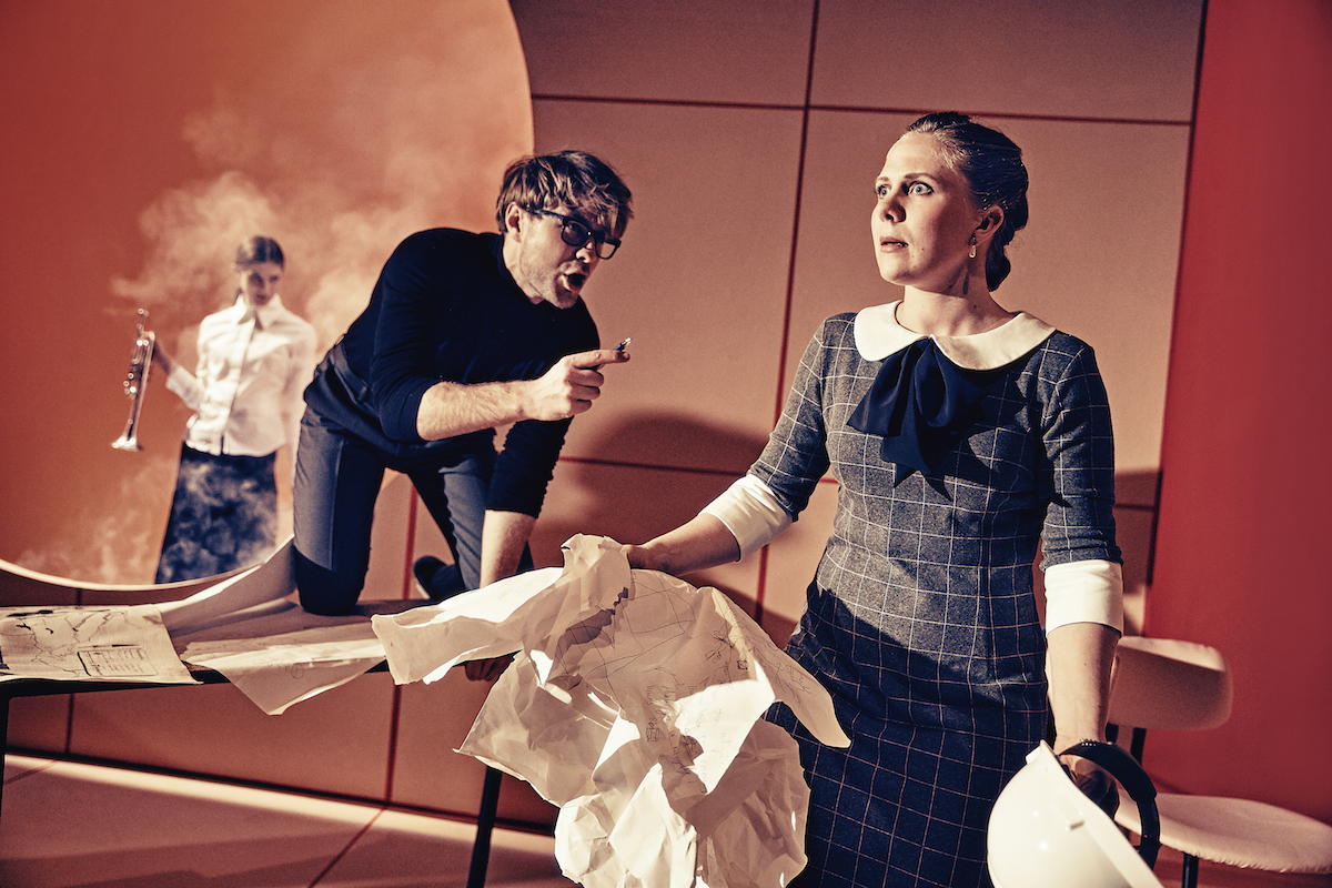 Katastrofen sker i pausen - Aarhus Teater