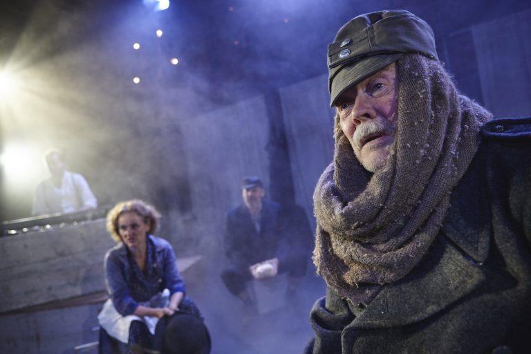 Svejk i Anden Verdenskrig - Teatret Møllen