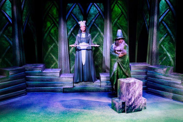 Sværdet i stenen - Louise Schouw Teater