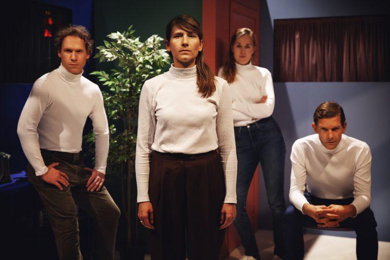 Terningekvinden - Teater Momentum & Sort/Hvid