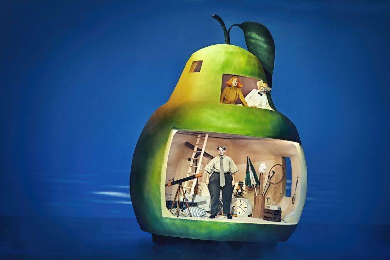 Den utrolige historie om den kæmpestore pære - Det Kongelige Teater