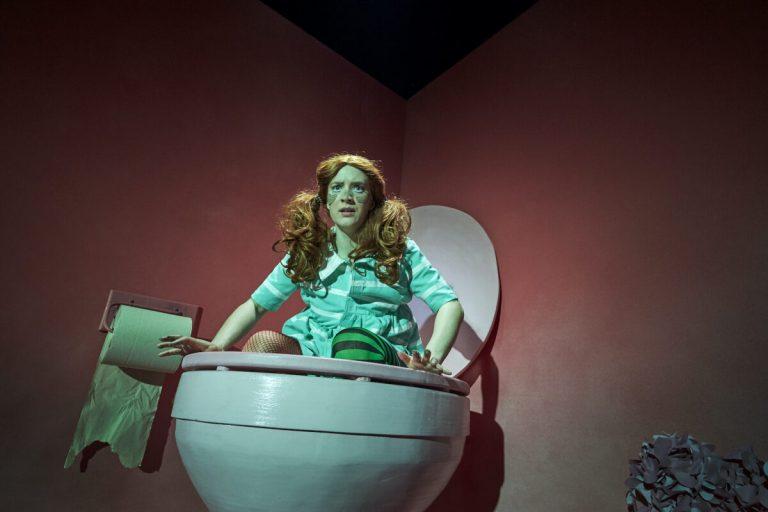 Mombie - Team Teatret