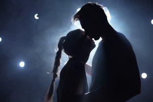 """""""Romeo + Julie"""" på Teatret Møllen"""